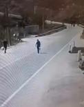 Yolun Karşısına Geçmeye Çalışan Adama Minibüs Çarptı Açıklaması 1 Ölü