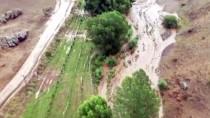 Ağrı'da Meydana Gelen Sel Tarım Arazilerine Zarar Verdi