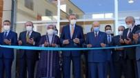 EMINE ERDOĞAN - Başkan Erdoğan Ahlat'ta! Gençlik Merkezi'nin açılışını gerçekleştirdi