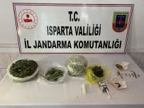 Jandarma'dan Uyuşturucu Operasyonu Açıklaması 3 Gözaltı