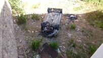 Köpekten Korktu, Fren Yerine Gaza Basınca 5 Metreden Aşağı Uçtu