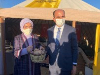 Emine Erdoğan, Ahlat'ta Konya Büyükşehir'in Çadırına Konuk Oldu