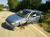 Erdek'te Trafik Kazası Açıklaması 2 Yaralı