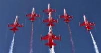 AFYONKARAHISAR - Türk Yıldızları Büyük Taarruz için uçtu!