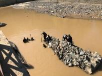 SAĞANAK YAĞIŞ - Giresun'daki selde kaybolan 7 kişiden birinin daha cansız bedenine ulaşıldı!