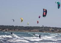 (Özel) Kite Sörf Meraklıları Gökçeada'da Buluşuyor