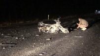 İki Aracın Çarptığı Motosiklet Sürücüsü Feci Şekilde Öldü