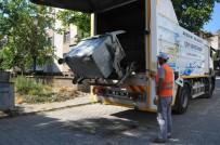 Akşehir'de Çöp Konteynerleri Yıkanıp Dezenfekte Ediliyor