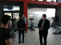 Tuzla'da Semt Pazarında Korona Virüs Denetimi
