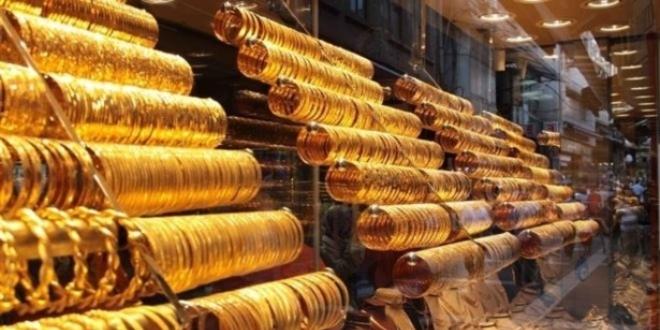 Gram altın ve dolar sert düştü!