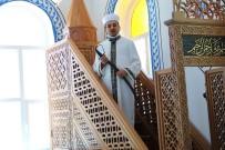 Bu Camide Hutbe 9,5 Asırdır 'Kılıç'la Okunuyor