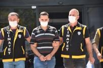 Bursa'da Sokak Ortasında İşlenen Kan Davası Cinayetinin Zanlısı Adliyede