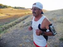 Eşi 'Sen Yapamazsın' Dedi, O İse 20 Yıldır Günde 20 Kilometre Koşuyor
