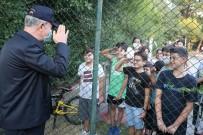 GENELKURMAY BAŞKANI - Çocuklardan Bakan Akar'a asker selamı