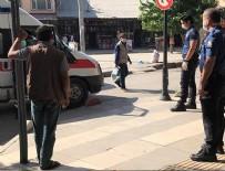 TÜRK SILAHLı KUVVETLERI - Suriye'nin kuzeyinde Türk Kızılay'ına alçak saldırı: 1 şehit