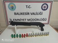 Balıkesir'de Polisten Silah Operasyonu