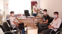 Bürosunu Öğrencilere Açan Muhtar, Ücretsiz Fotokopi Hizmeti Veriyor