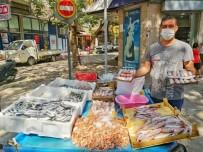 Erdek'te Balıkçı Tezgahları Canlandı