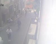 (Özel) Taksim'de Kadınları Hedef Alan Kapkaç Çetesi Kamerada