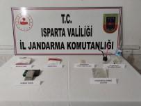 Uyuşturucu Operasyonunda Yakalanan 5 Kişiden 1'İ Tutuklandı