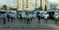 Pendikli Minibüsçülerden Sağlık Çalışanları İçin Saygı Duruşu