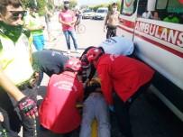 Burhaniye'de Otomobil Yol Kenarına Uçtu Açıklaması 4 Yaralı