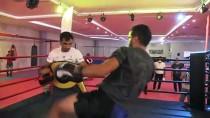 Tunceli'de Kick-Boks Müsabakaları Düzenlendi