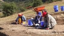Kastamonu'da Kahin Tepe Kazısında Eski Döneme Ait Tapınak Bulundu