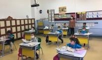 Bozcaada Kaymakamından Okul Ziyareti