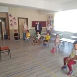 Hakanoğlun'dan Minik Öğrencilere Ziyaret