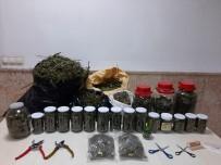Sakarya'da 10 Kilo 180 Gram Kubar Esrar Ele Geçirildi Açıklaması 2 Gözaltı