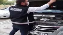 Adana'da Otomobilin Motor Bölümüne Gizlenmiş 146 Kaçak Cep Telefonu Ele Geçirildi