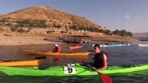 Keban Baraj Gölü, Kano Tutkunlarının Vazgeçilmez Adresi Oldu