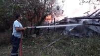 Kastamonu'da Aynı Noktada İki Ev Yanarak Kullanılamaz Hale Geldi