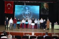Akşehir Belediyesinden Başarılı Öğrencilere Notebook
