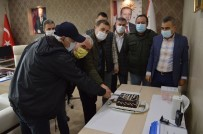 Erdekli Gazetecilere Pastalı Kutlama