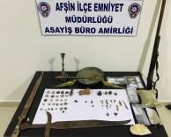 Polisten Şok Baskın, Uyuşturucu Ve 57 Adet Tarihi Eser Ele Geçirildi