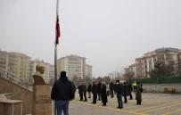 Elazığ'da Bayrak Töreni Eşliğinde İstiklal Marşı Okundu