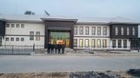 Başkan Sümer Açıklaması 'Besni Gençlik Merkezi Mimarisiyle Kendine Hayran Bırakıyor'