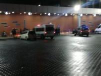 Otobüs Terminalinde Bıçaklı Kavga Açıklaması 1 Yaralı