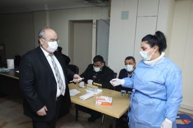 Belediye Personeline Korona Testi Yapıldı