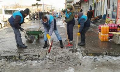 Çaldıran'da Kış Ortasında Bahar Temizliği