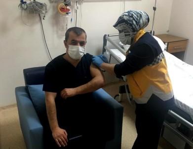 Çelikhan'da Korona Virüs Aşısı Yapılmaya Başlandı