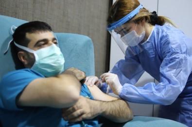Dr. Kılınç Açıklaması 'Şu An Aşıdan Başka Güvenecek Hiçbir Şeyimiz Yok'