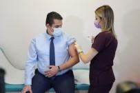 Edirne'de Sağlık Çalışanlarına Covid-19 Aşı Uygulaması Başladı