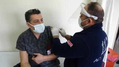 Edremit'te İlk Aşılar Yapıldı