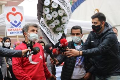 HDP Önündeki Ailelerin Evlat Nöbeti 500'Üncü Gününde