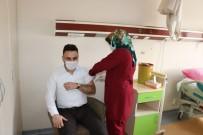 İlk Korona Aşısını Başhekim Karasu Vuruldu