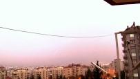 Kahramanmaraş'ta Şimşekler Geceyi Gündüze Çevirdi