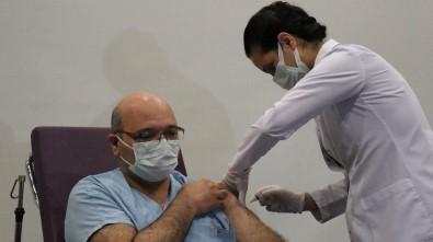 Kocaeli'nde İlk Korona Virüs Aşısı Vuruldu